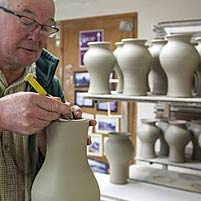 About the pottery, its products and its craftsmen and women